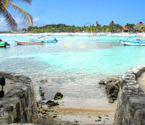 The clear turquoise waters at Akumal Beach