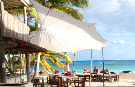 Enjoy a delicous meal at one of Akumal Beache's delicous Mexican restaraunts